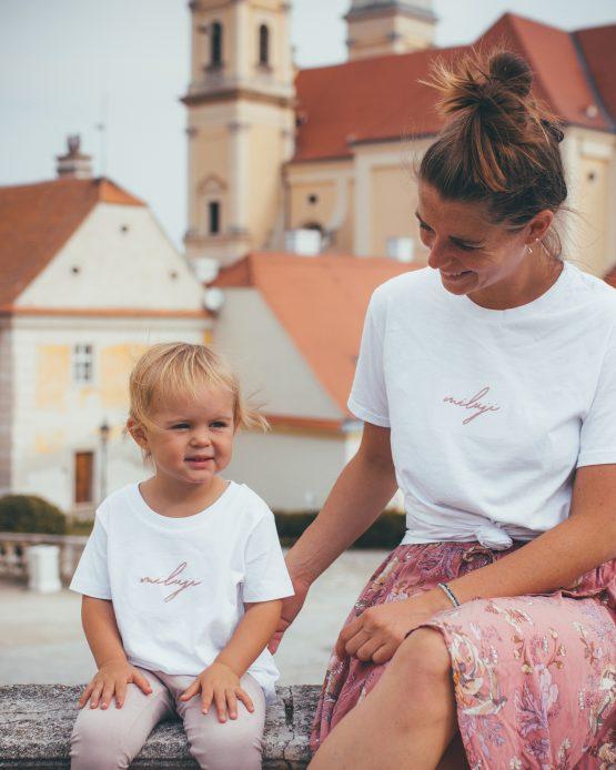 Smyslné Dobroty merch bílé tričko Miluji z organické bavlny ruční výroba matka dcera